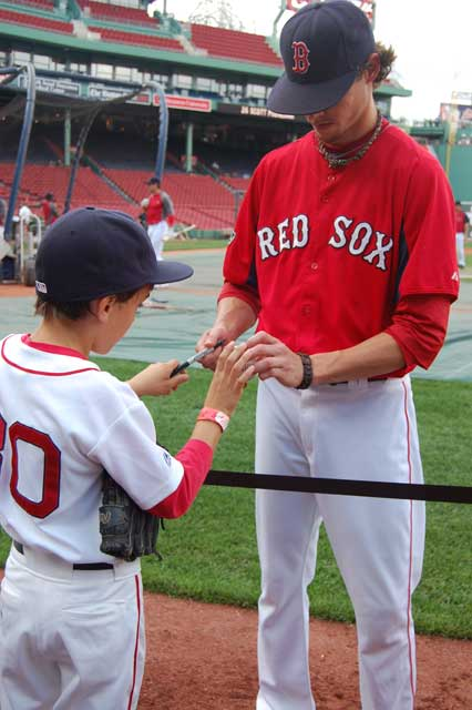 Clay Bucholz signs Ben's ball